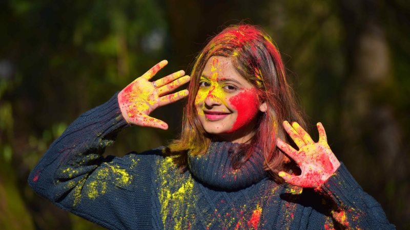 8 Holi Dresses Online You can Wear While Playing Holi