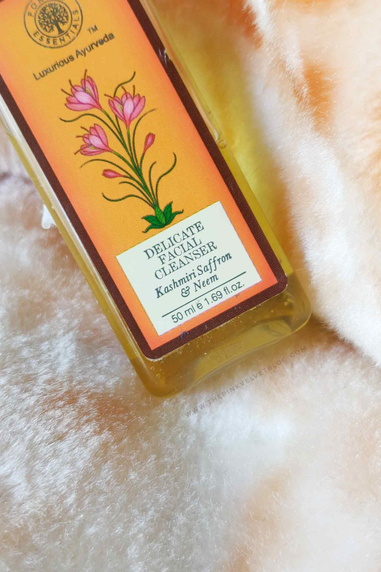 Forest Essentials Delicate Facial Cleanser Kashmiri Saffron and Neem Face Wash Review