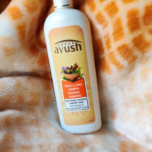 Lever Ayush Thick and Long Growth Shikakai Shampoo Review