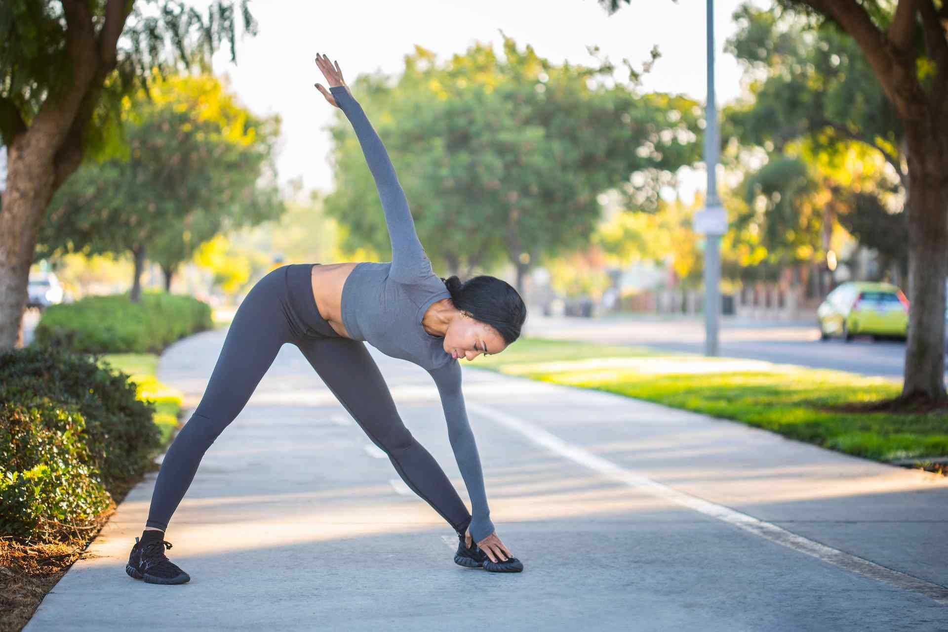 Warm Up Stretches. The Science Behind Warming Up and Cooling Down When Exercising.