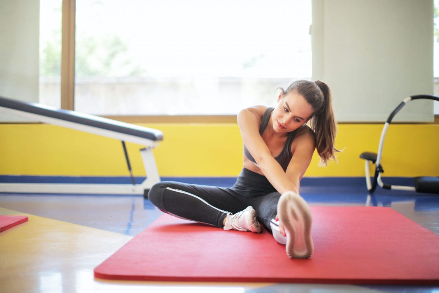 Does Yoga Really Build Muscle and Help in Losing Fat?